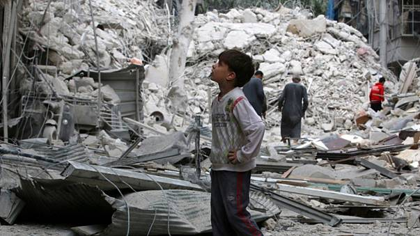 Syria: Aleppo under fire again from deadly air strikes