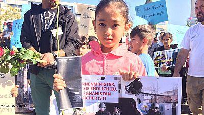 تظاهرات پناهجویان افغان در آلمان در اعتراض به خطر عودت به افغانستان