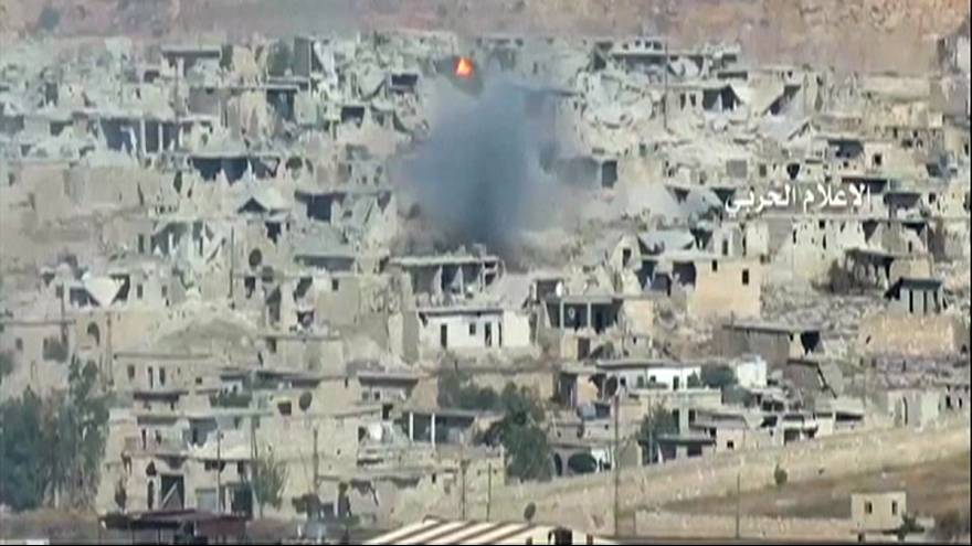 Syria: Assad forces tighten grip on Aleppo