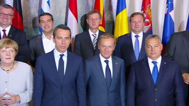 """Vertice sui migranti di Vienna, Merkel: """"implementare l'accordo con la Turchia"""""""