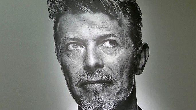 Il tesoro di Bowie all'asta
