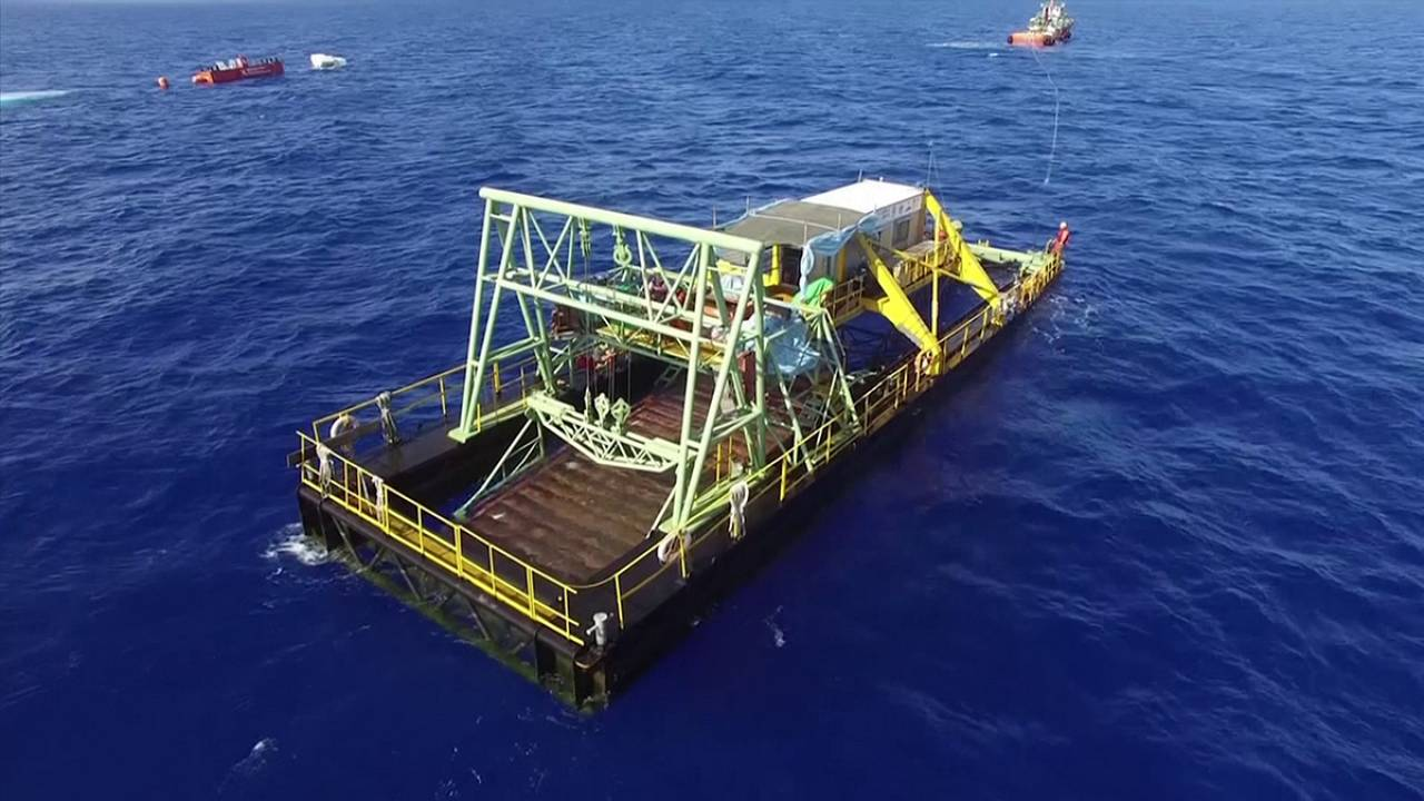 Electricity produced from oceanic currents