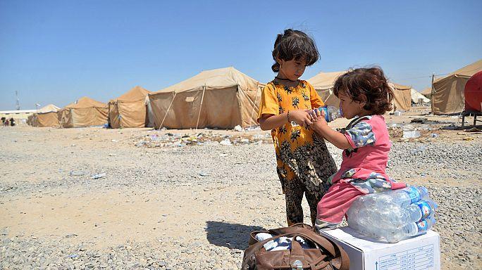 Varios cargamentos de ayuda llegan al oeste de Siria mientras en el norte el frente de Alepo se recrudece