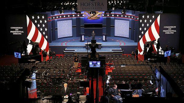 ABD, Clinton ve Trump'ın ilk canlı yayın tartışma programına kilitlendi