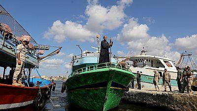 Egypte : arrestation du propriétaire du bateau de migrants qui a fait naufrage (160 morts)
