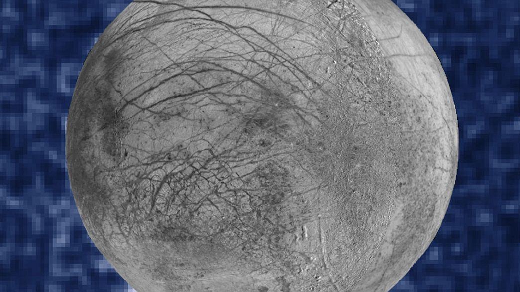 La NASA capta posibles géiseres en la luna Europa de Júpiter