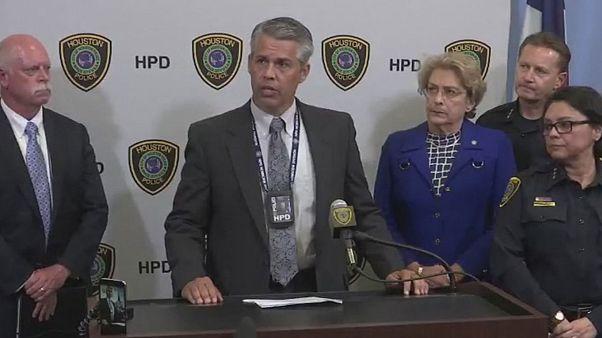 Houston: lo sparatore era un avvocato in divisa militare con simboli nazisti