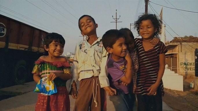 """""""A Índia num dia"""": filme feito a partir de milhares de vídeos de cidadãos indianos"""