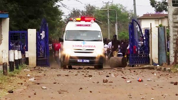 كينيا: إطلاق الرصاص لتفريق طلاب يطالبون بتعزيز السلامة الطرقية