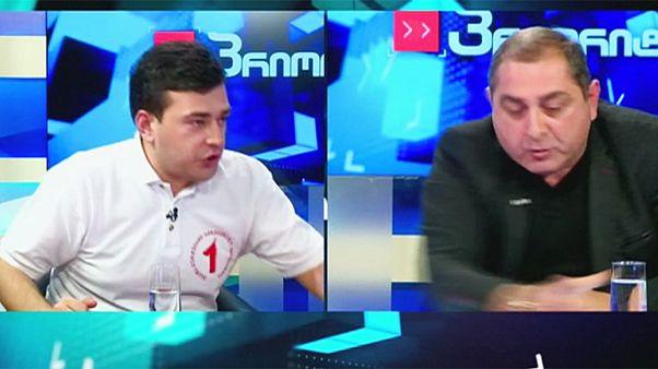 خشونت در جریان گفتگوی زنده تلویزیونی دو چهره سیاسی در گرجستان