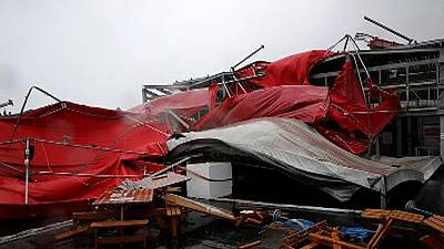 Typhoon Megi slams into Taiwan
