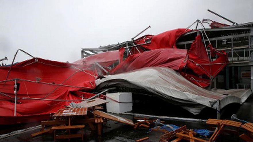 Le typhon Megi s'abat sur Taïwan