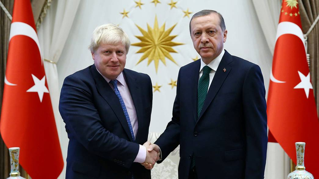 Boris Johnson ditches insults and talks 'jumbo' trade deals in Turkey