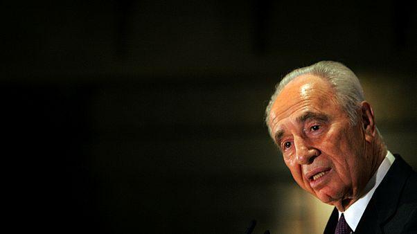 Shimon Peres: A hawk and a dove