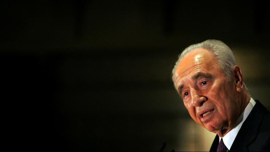 Shimon Peres: A hawk and a dove