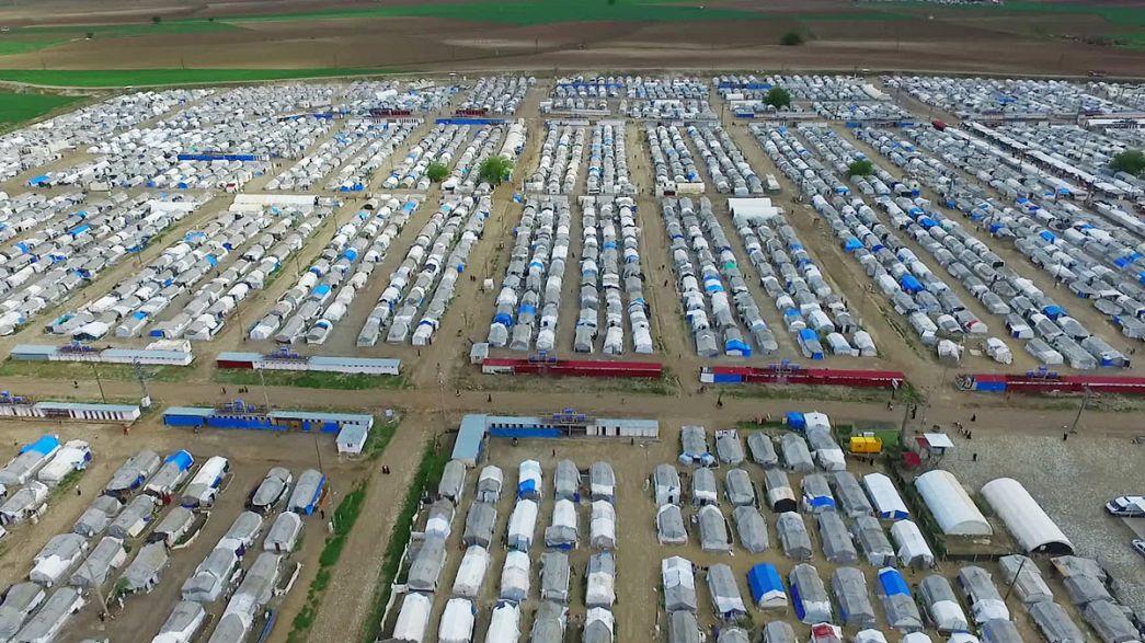 Bruselas quiere reubicar a 30.000 refugiados hasta finales de 2017