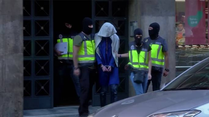 Avrupa'da IŞİD operasyonu: 5 gözaltı