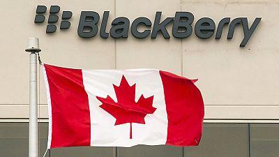 BlackBerry deixa de produzir telefones e dedica-se a software