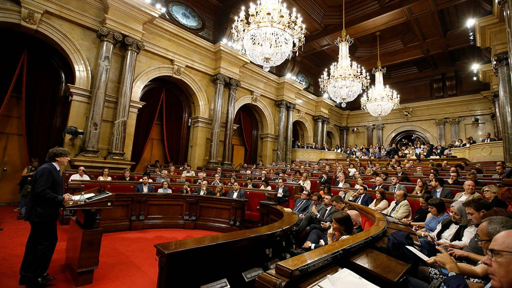 Catalonia to hold independence vote next year, says regional leader