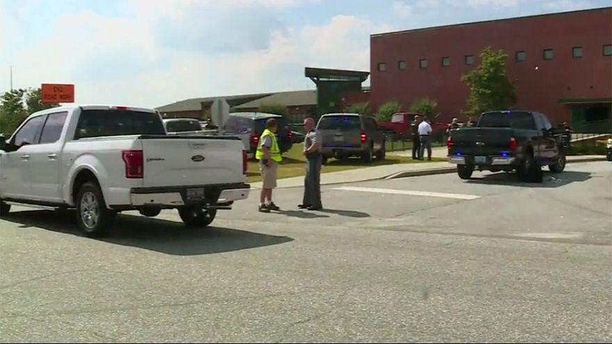 Schüsse an US-Schule: 14-Jähriger verletzt mehrere Menschen