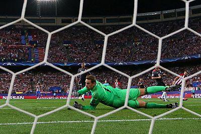 Champions League: Walcott hits a brace to help Gunners to Basel victory