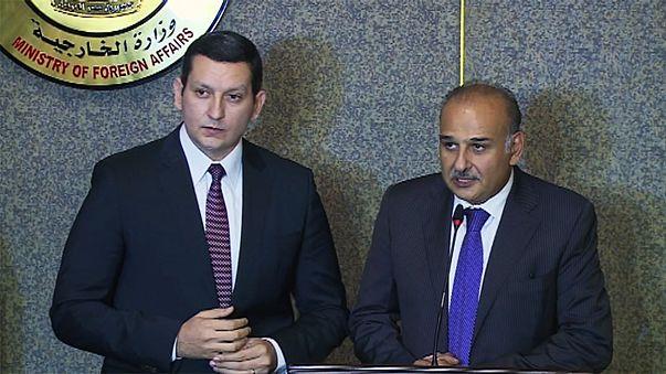 Una delegación opositora siria intenta en El Cairo implicar más a Egipto en la resolución de la guerra