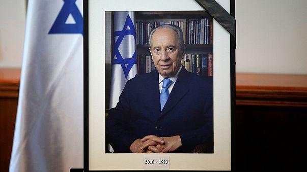 Israele si prepara ai funerali di Peres, padre della patria eterno giovane