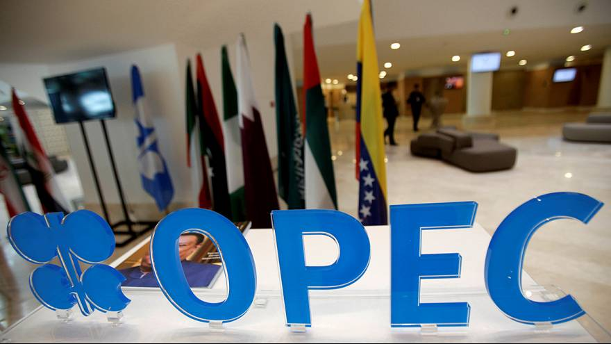 Oil prices rise after OPEC announces first output cut since 2008