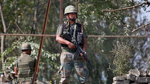 Kasmíri militánsokat támadott meg India a pakisztáni határnál