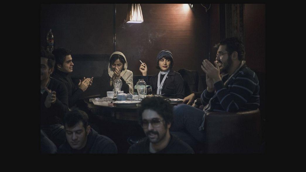 """""""Los Insolentes de Teherán"""", una exposición de Jérémy Suyker"""
