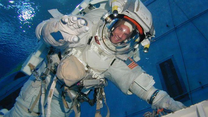 O treino do astronauta Thomas Pesquet antes de chegar à Estação Espacial Internacional