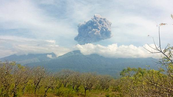 Volcano erupts in Indonesia, thousands evacuated