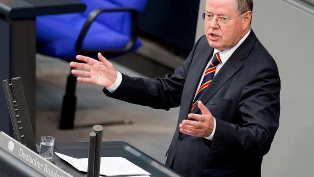 """Gegen """"dumpfbackige Kräfte"""" - Peer Steinbrücks letzte Rede im Bundestag"""