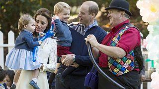 La presencia de los príncipes Jorge y Carlota acapara la visista oficial de los duques de Cambridge a Canadá