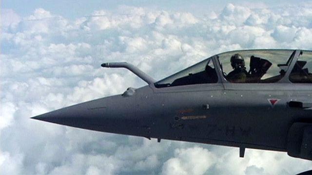 Francia vadászgépek segítenek kiűzni a dzsihadistákat Moszulból