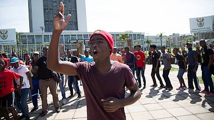 Student protests spread in South Africa [no comment]
