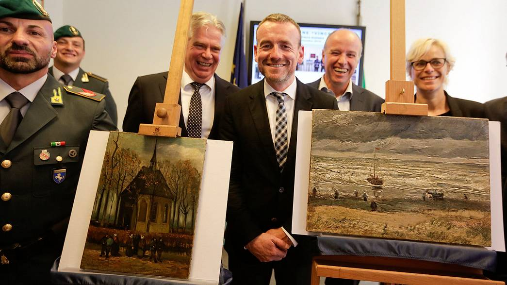 Найдены картины Ван Гога, украденные 14 лет назад