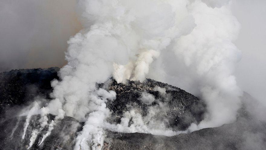 Espectaculares imágenes de la erupción de un volcán en México