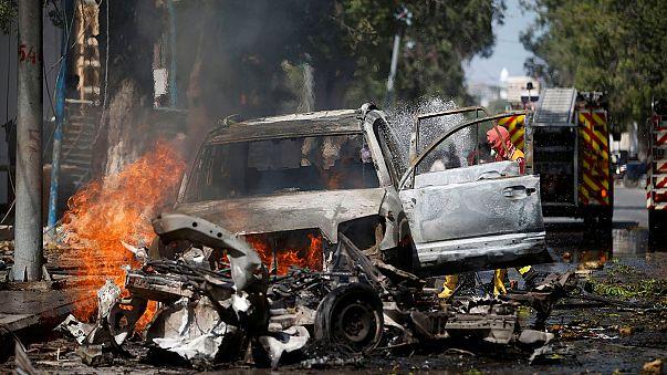 Al menos tres muertos en un atentado con coche bomba en Somalia