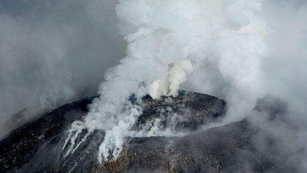 Vulkan Colima in Mexiko ausgebrochen