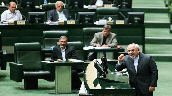 تنش در مجلس هنگام پرسش از محمد جواد ظریف
