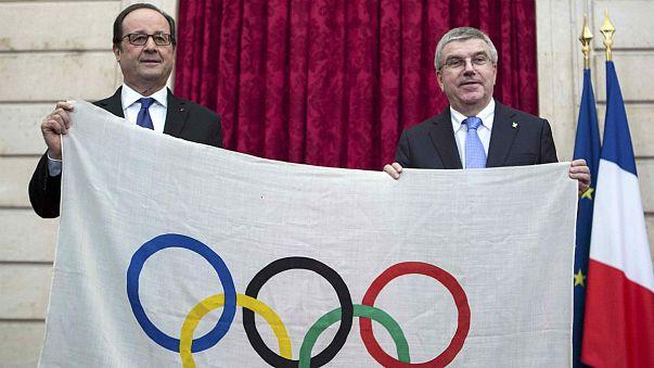 2024 Games: Thomas Bach and Francois Hollande discuss Paris bid