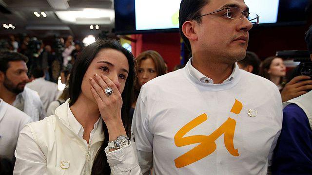 Kolumbia: a referendum leszavazta a békét a gerillákkal, de a folyamat nem áll meg