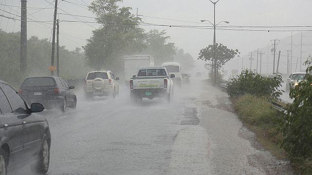 Matthew: hatalmas hurrikán vánszorog Haiti felé