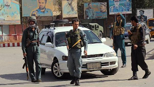 Taliban dört koldan Kunduz'a saldırı başlattı