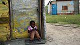 الفقر المدقع في العالم يواصل تراجعه حسب البنك الدولي