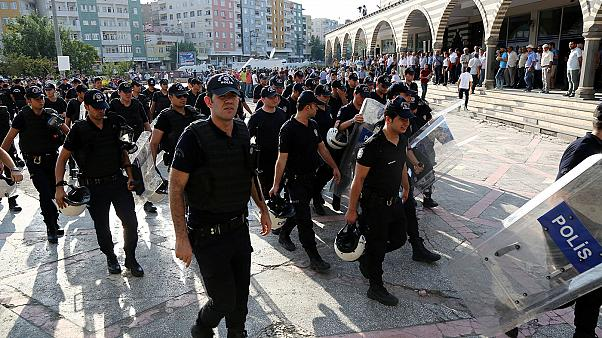 Τουρκία: Εκκαθαρίσεις και στην αστυνομία
