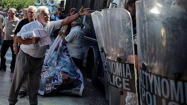 Tränengaseinsatz bei Rentner-Demo in Athen