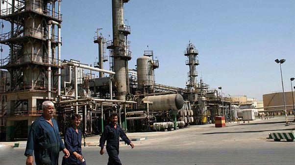 دستور رهبر ایران: تولید نفت باید به حدود ۶ میلیون بشکه در روز برسد