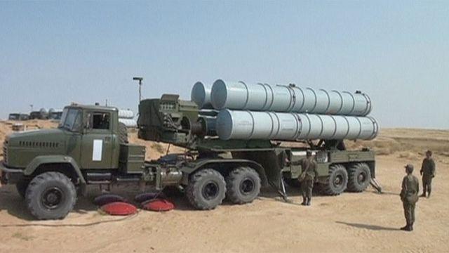 Сирия: по кому будет стрелять С-300?